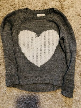 Szary sweter serce Cropp