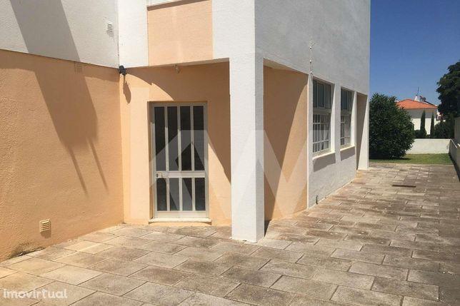 Espaço comercial com 182m2 em Portimão, Algarve