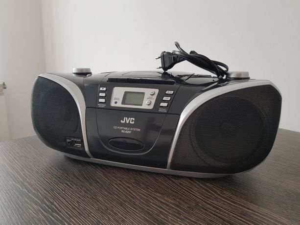 Radioodtwarzacz CD/ radio JVC RC-EZ57