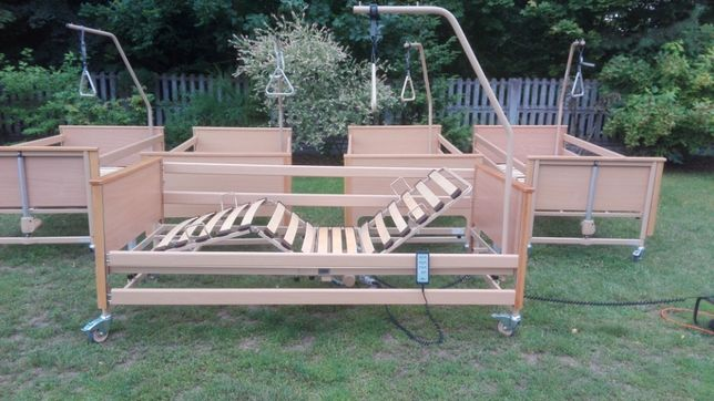 łóżko rehabilitacyjne z materacem - WYPOŻYCZALNIA