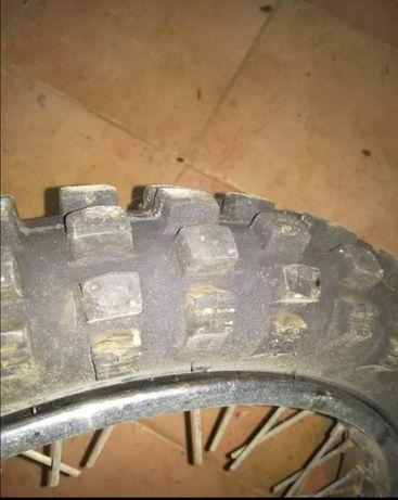 Aros 17-17 com pneus