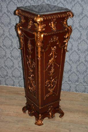 Lindo console decorado com bronze e mármore