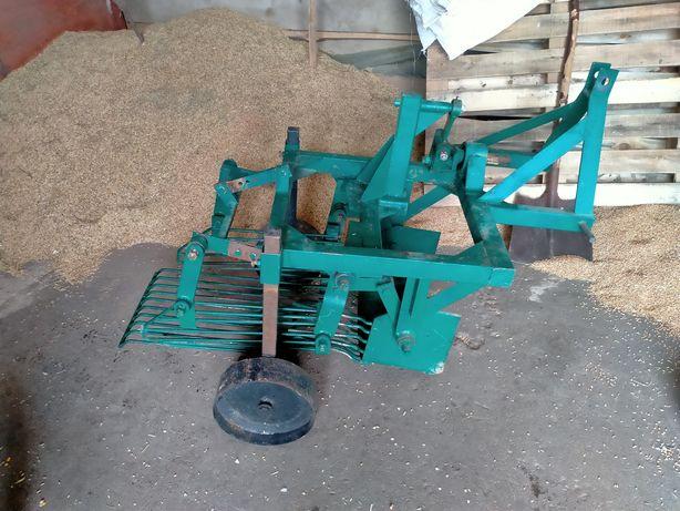 Картоплекопач вібраційний для трактора
