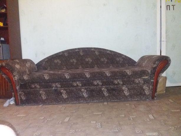 Отдам диван