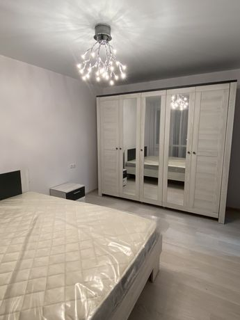 Перша здача новобудова 2 кімнатна