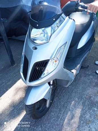 Skuter Kymco New Dink