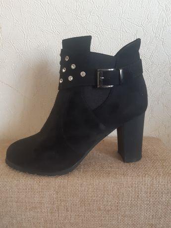 Ботинки осень жен