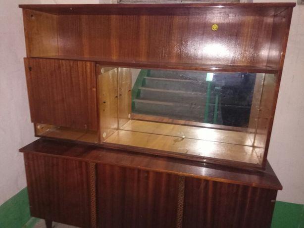 Мебель,сервант,шкаф