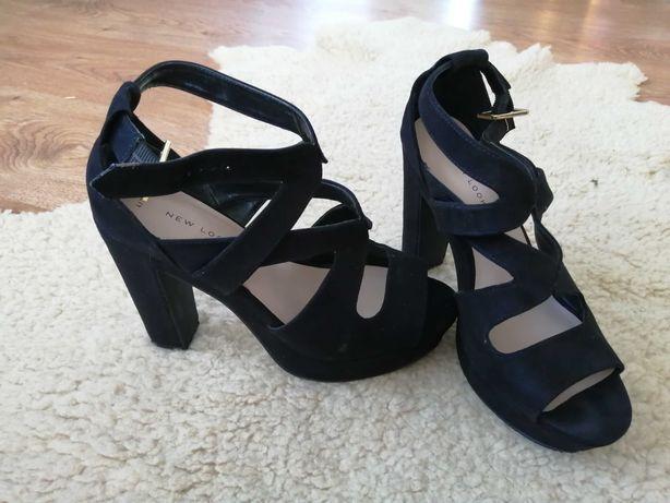 Sandały czarne na obcasie z New Look 37rozmiar