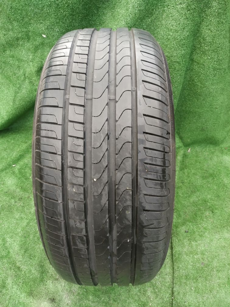 Opona pojedynka Pirelli 255/50/19