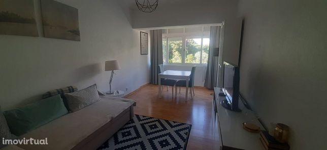 Apartamento T1 no Dafundo