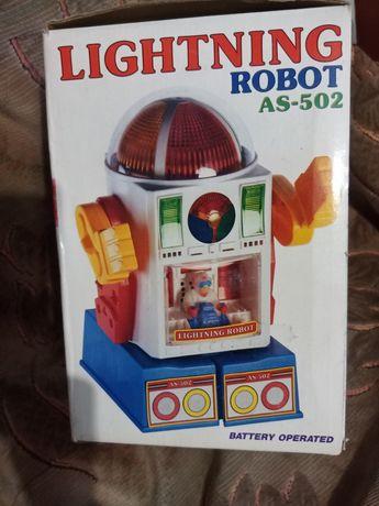 Игрушка робот который ходит