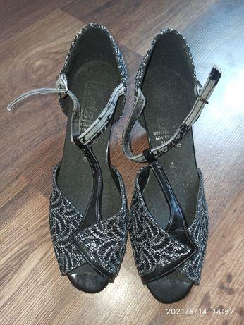 Туфли бальные 23 см