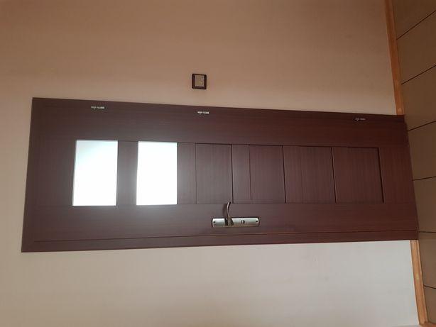 Drzwi 70 prawe łazienkowe lub do pokoju firmy Dre