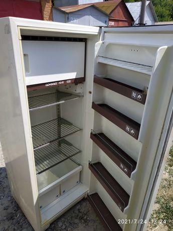 Холодильник Донбас 10е рабочий