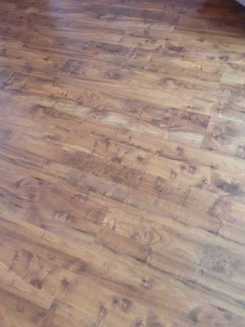 Panele podłogowe z demontażu 19 m