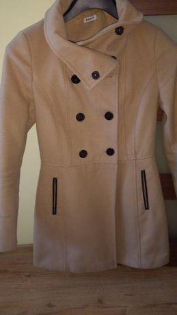 Płaszcz  jasny brąz 36-38