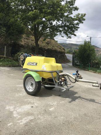 Pulverizador 200L