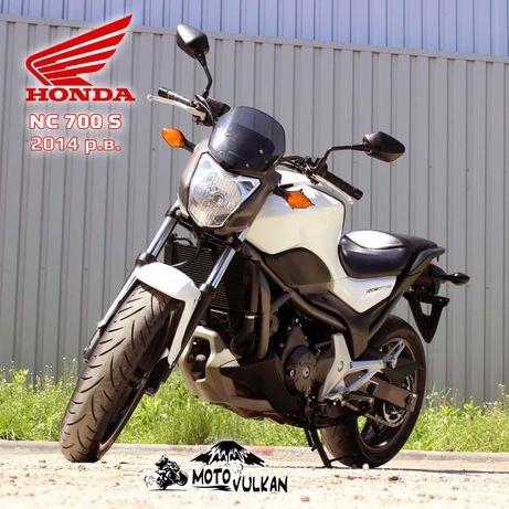 Мотоцикл Honda NC700S (0242)