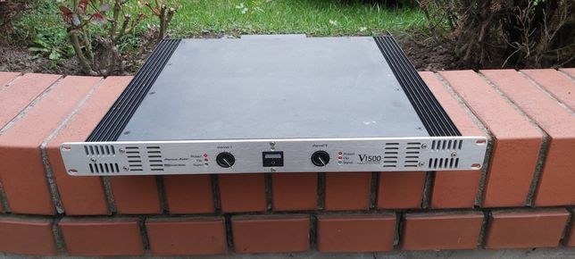 Wzmacniacz American Audio V1500
