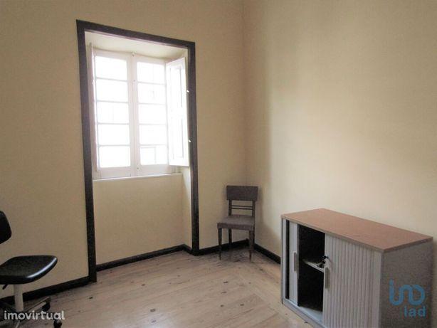Loja - 12 m²