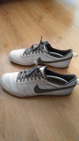 Buty Nike Topcourt roz 45