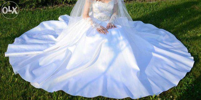 Терміново!увага!Весільна сукня+ПОДАРУНКИ Торг можливий