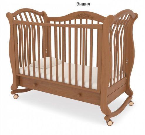СРОЧНО продам! Детская кроватка с матрасом.