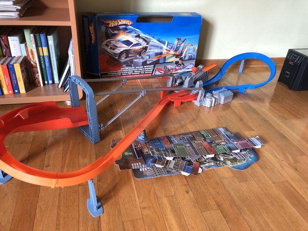 Tor hotwheels super skok super jump raceway