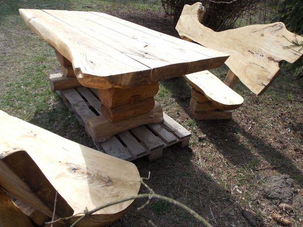 artystyczny zestaw drewnianych mebli ogrodowych z bali, live edge