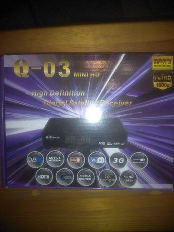 Набор спутникового ТВ, антенна на 3 головки, и ТВ тюнер HD