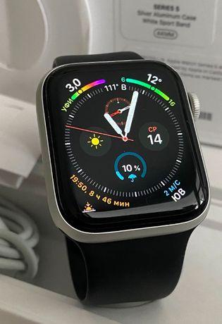 Apple Watch 5 Silver 44 mm