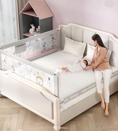 Защитный бортик на кровать