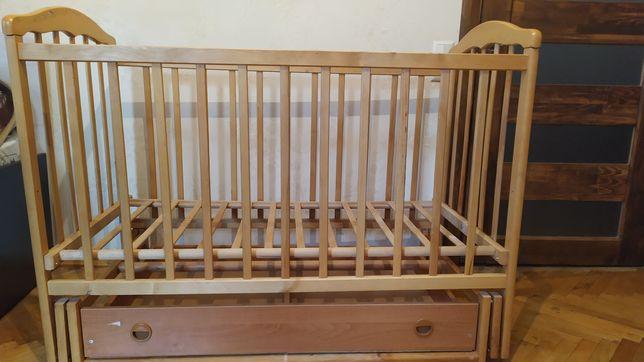 Детская кроватка с маятником + матрас