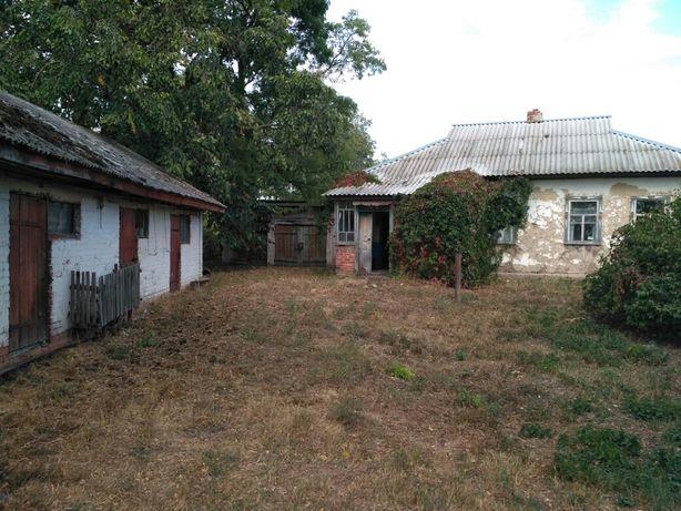 Продам будинок в селі Харківці Переяславський район Київської області.