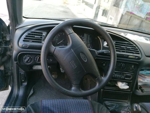 Ford Mondeo 1.8 TD GLX
