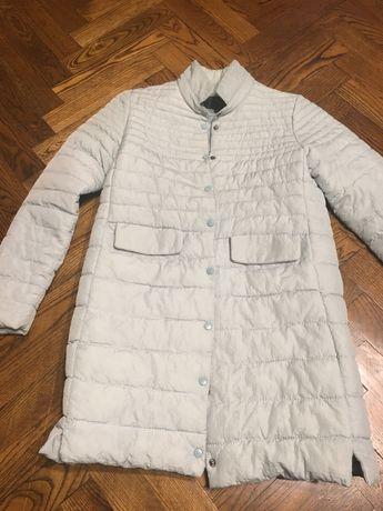 Продам куртку для дівчинки.Вік 12-14 років