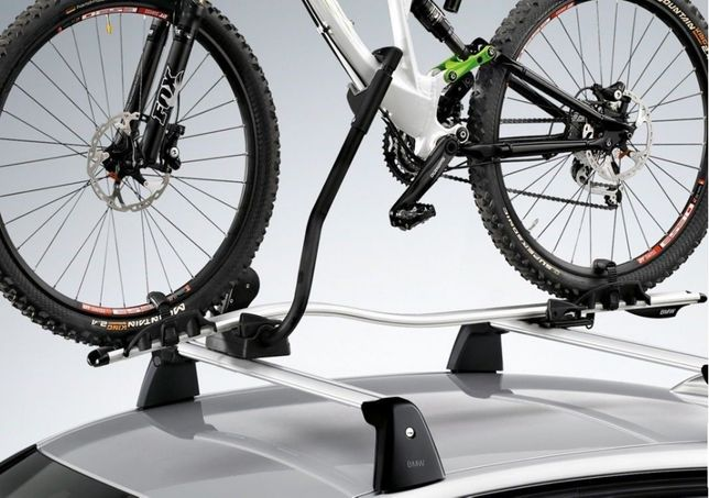 Barras de tejadilho e suporte de bicicletas da BMW