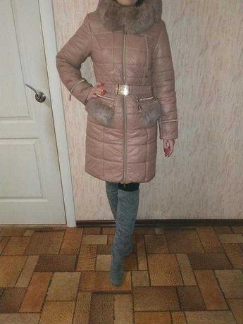 Зимнее теплое пудровое пальто куртка пуховик s