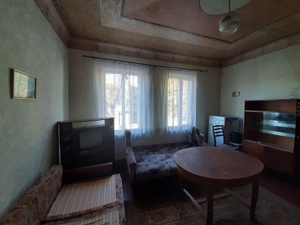 Продам 2х комнатную гостинку возле Гольберговской церкви G2