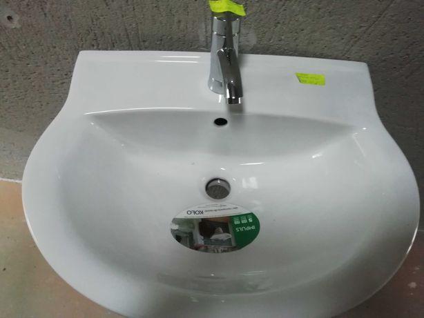 Sprzedam umywalkę plus postument