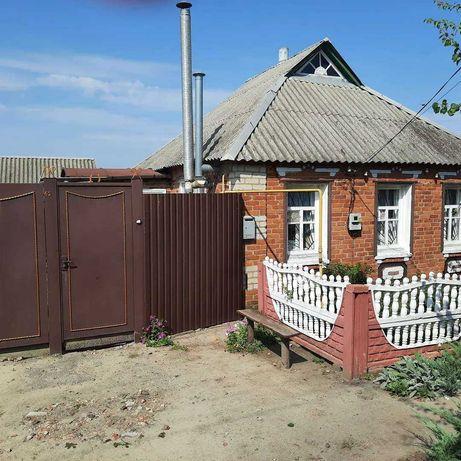 Продам дом с.Довжик Золочевского района со всеми удобствами
