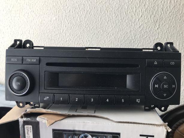 Radio Mercedes B 2007 e Moldura / Adaptador