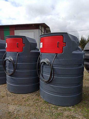 """""""Budka"""" - dwupłaszczowy zbiornik na paliwo ON ropę - 1500L małe drzwi"""