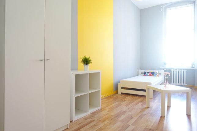 Łazarz: Ul. chełmońskiego 22 wolne pokoje w miniakademiku