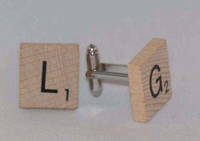 Botões de punho com peças de Scrabble (letras à escolha)