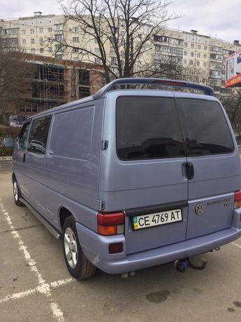 Машина Фольцваген т4