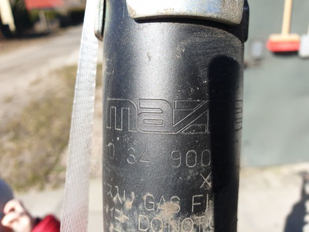 Amortyzatory przód przednie Mazda 6 GH 07-12 ORYGINALNE