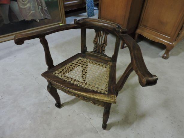 Krzeselko fotelik ludwikowskie