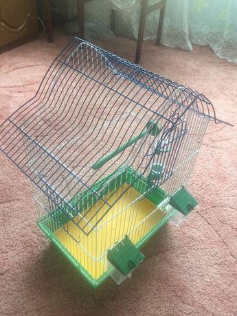Продам клетку для попугая, канарейки. Состояние отличное!